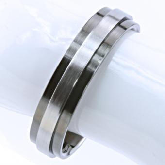feniom Ring Titan Ringweite 55 Zeitloses und stilvolles Design